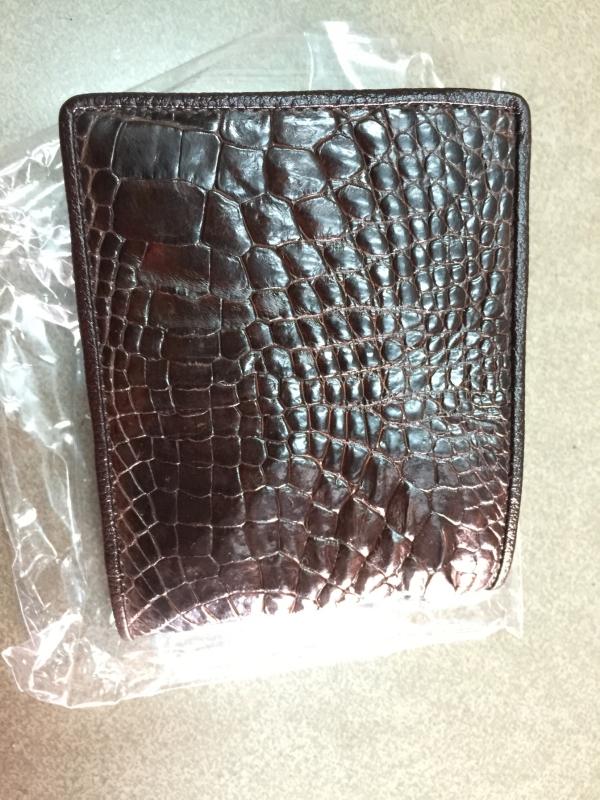 ví da nam bàn tay da cá sấu đảm bảo thật giá tốt nhất tại tphcm-02